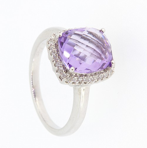 Amethyst & Diamond 18ct gold ring