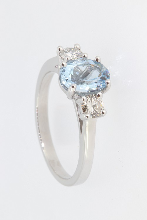 Aquamarine & Diamond Platinum Ring