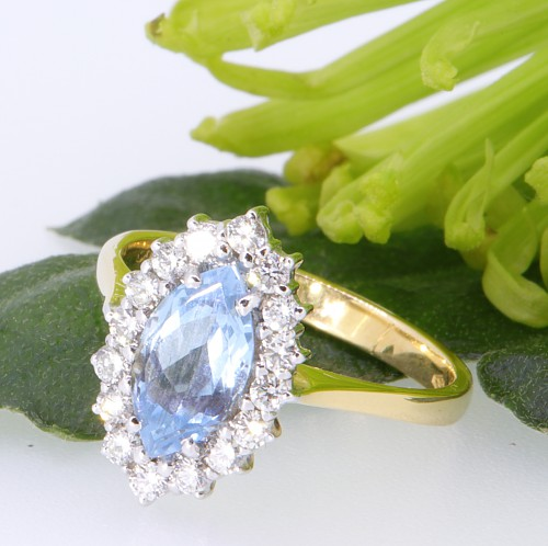 Aquamarine_Ring_Clement_White